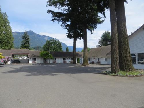 Skagit Motel Photo