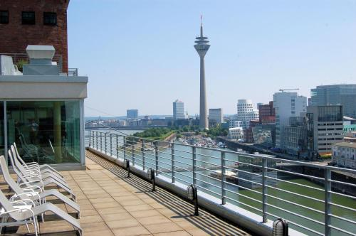 Courtyard by Marriott Duesseldorf Hafen photo 15