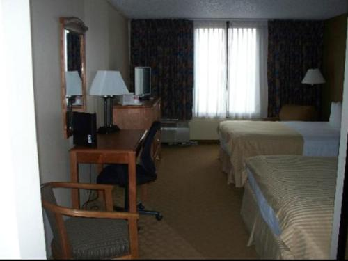 Ramada Watertown Photo