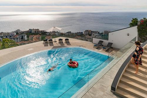 Sky Villa by Travel to Madeira, Funchal