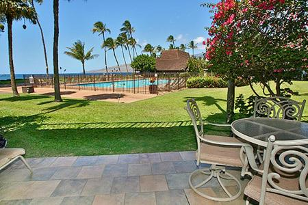 Ma'alaea Surf Resort Photo