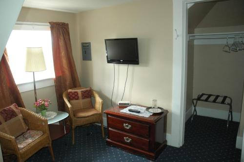 Windsor Guest House Photo