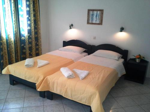 Photo of Lena's Guest House Hotel Bed and Breakfast Accommodation in Skiathos Town N/A