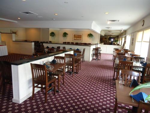 Ramada Trenton Hotel Photo