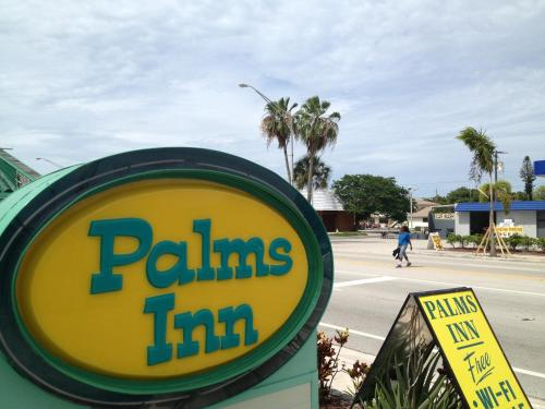 Palms Inn Photo