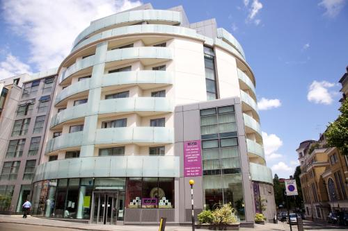 Photo of Sanctum International Serviced Apartments Self Catering Accommodation in London London