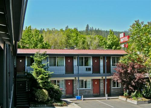 Timbers Motel Photo