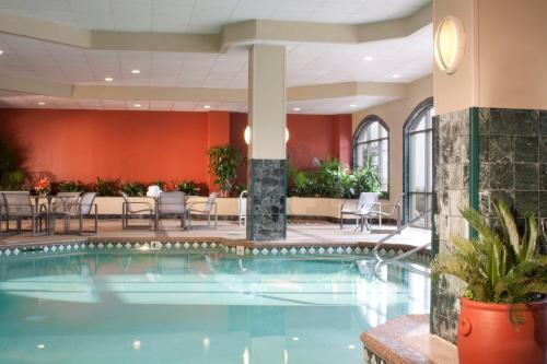 Embassy Suites Austin - Arboretum photo 12