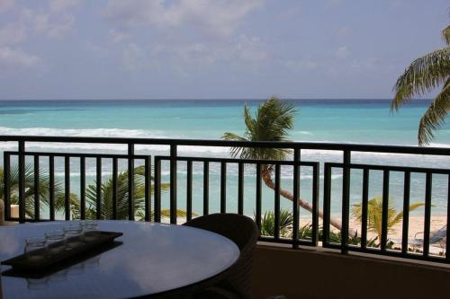 White Sands Beach Condos Photo