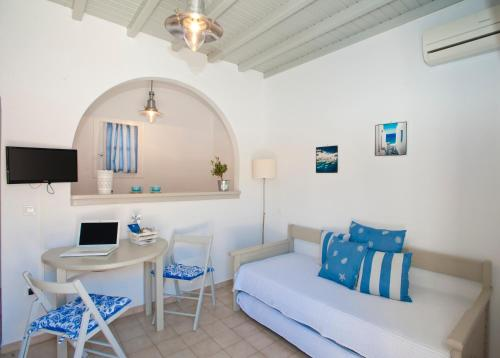 Gryparis' Club Apartments in mykonos - 0 star hotel