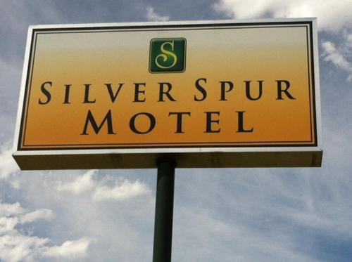 Silver Spur Motel Photo