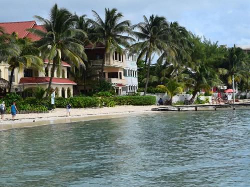 Belizean Reef Suites, San Pedro