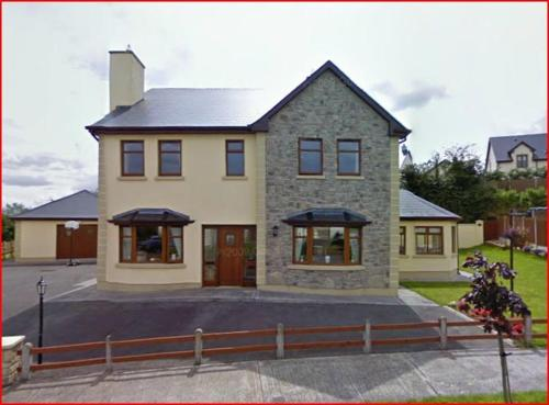 Photo of Staten Lodge B&B Hotel Bed and Breakfast Accommodation in Carrick on Shannon Leitrim