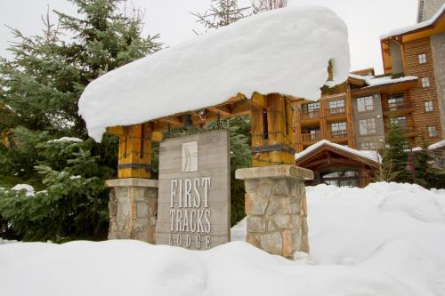 First Tracks Lodge Photo