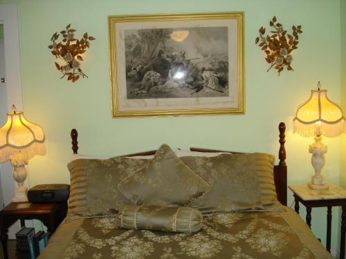 The Bradford Carver Guest House Photo