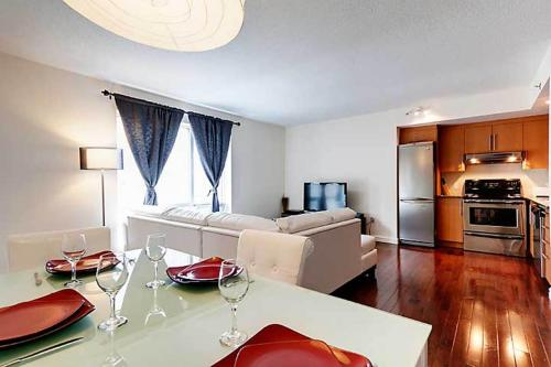 Bleury Furnished Suites Photo