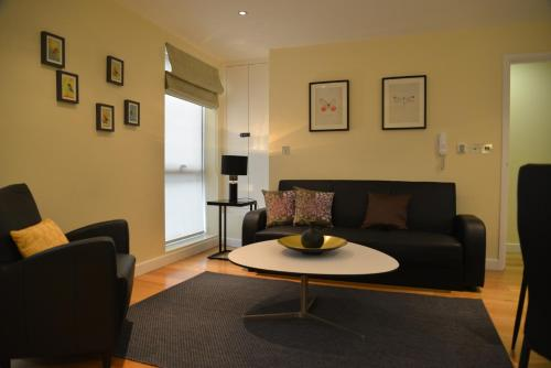 Photo of Paddington One Apartments Self Catering Accommodation in London London