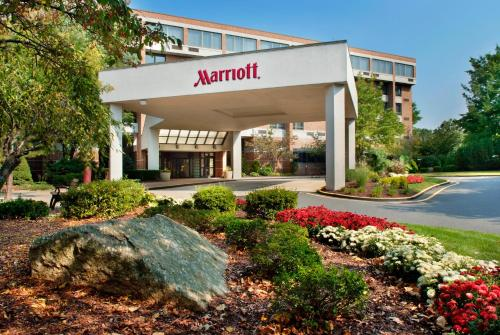 Trumbull Marriott Merritt Parkway Photo