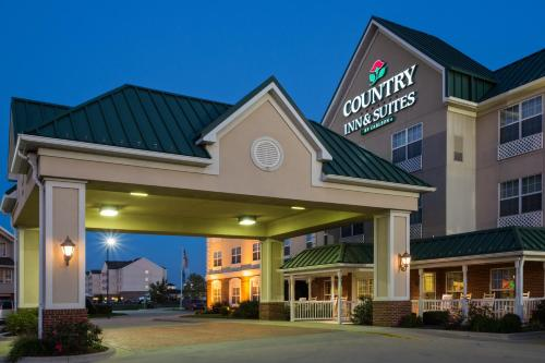 Country Inn & Suites Effingham Photo