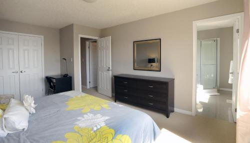 Boardwalk Homes Vacation & Bridal Guest Houses Photo