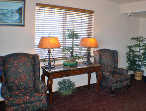 America's Best Inn Lincoln City Photo