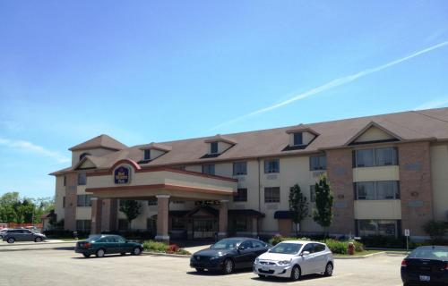 Best Western Plus Burlington Inn & Suites, green hotel in Burlington, Canada