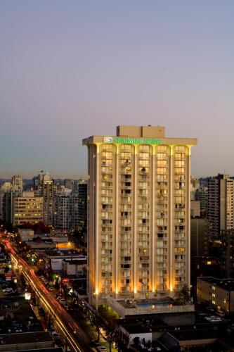 Sandman Suites Vancouver on Davie Photo