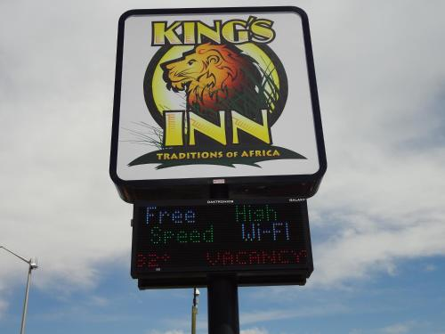 Kings Inn Cody Photo