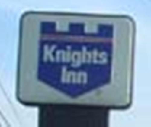 Knights Inn Mount Airy Photo
