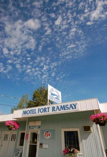 Motel & Camping Fort Ramsay Photo