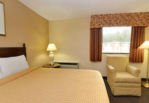Americas Best Value Inn Smithfield Photo