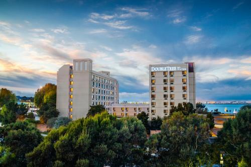 Photo of Doubletree By Hilton San Francisco Airport hotel in Burlingame