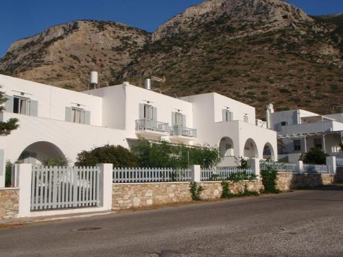 Aeolos Apartments - Kamares Greece