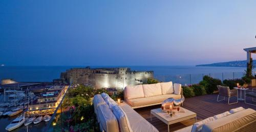 Grand Hotel Santa Lucia Napoli Booking