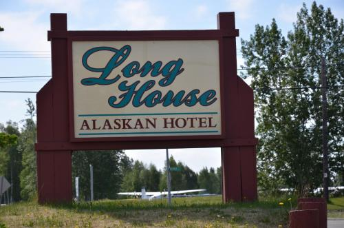 Long House Alaskan Hotel Photo