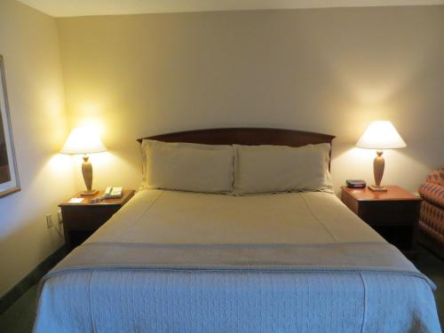 Ramada Indianapolis Airport photo 2