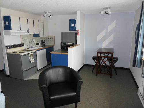 Kennewick Suites Photo