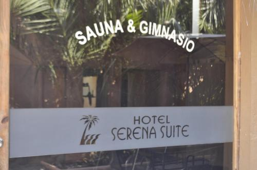 Serena Suite Park Hotel Photo