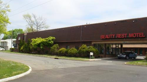 Beauty Rest Motel Photo