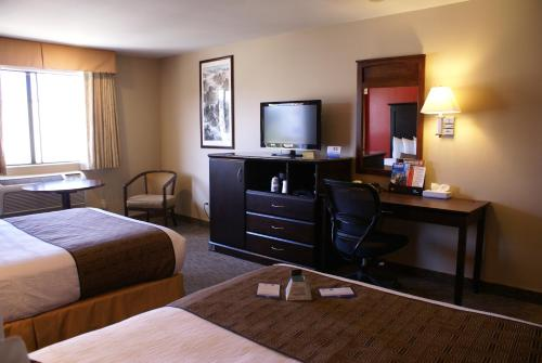 Best Western Plus Dragon Gate Inn - Los Angeles, CA 90012