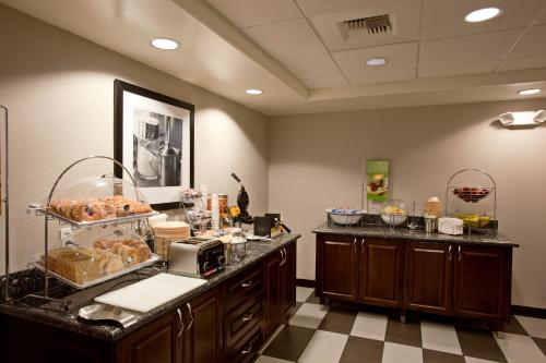Picture of Hampton Inn & Suites Temecula/><p class=