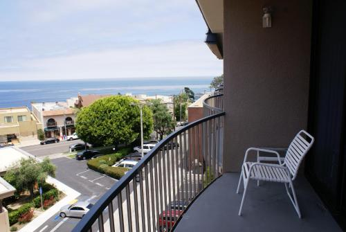Inn by the Sea, at La Jolla Photo
