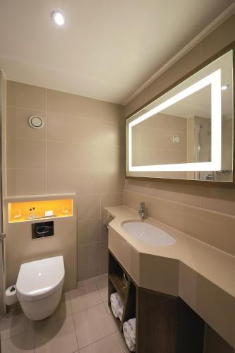 DoubleTree by Hilton London - Hyde Park photo 13