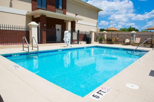 Best Western Plus Panhandle Capital Inn and Suites Photo