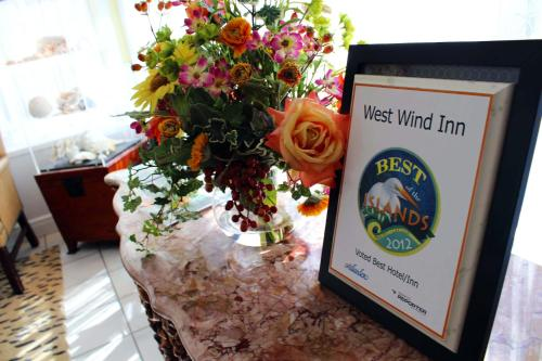 West Wind Inn Photo