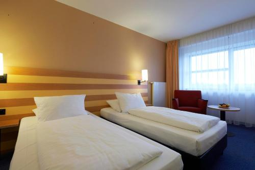 IntercityHotel Frankfurt Airport photo 7