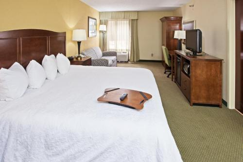 Hampton Inn Cincinnati-Riverfront (Downtown Area) - Covington, KY 41011