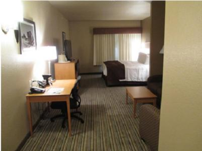 Best Western Shelby Inn & Suites Photo