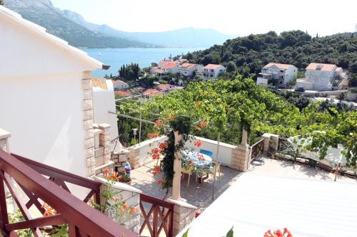 Hotel Apartments Alo Jozic