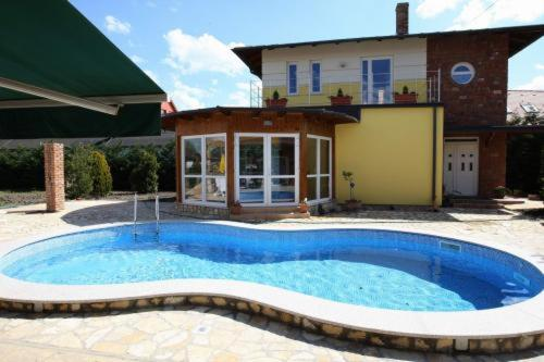 Gasthaus Joó-Wellness Pension